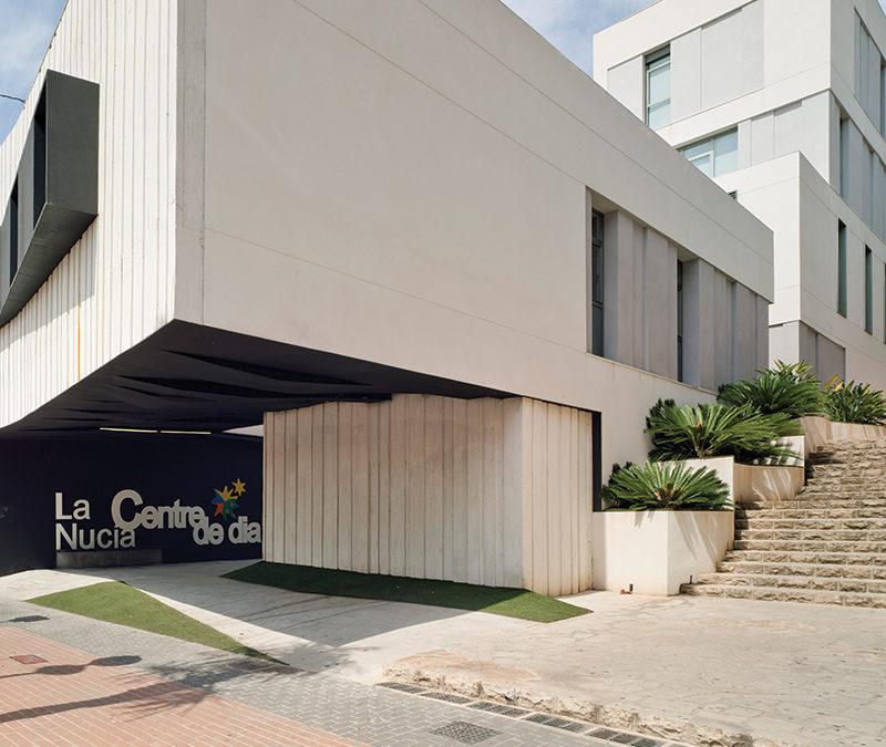 Centro de Especialidades Médicas y Centro de Día, La Nucía (Alicante)