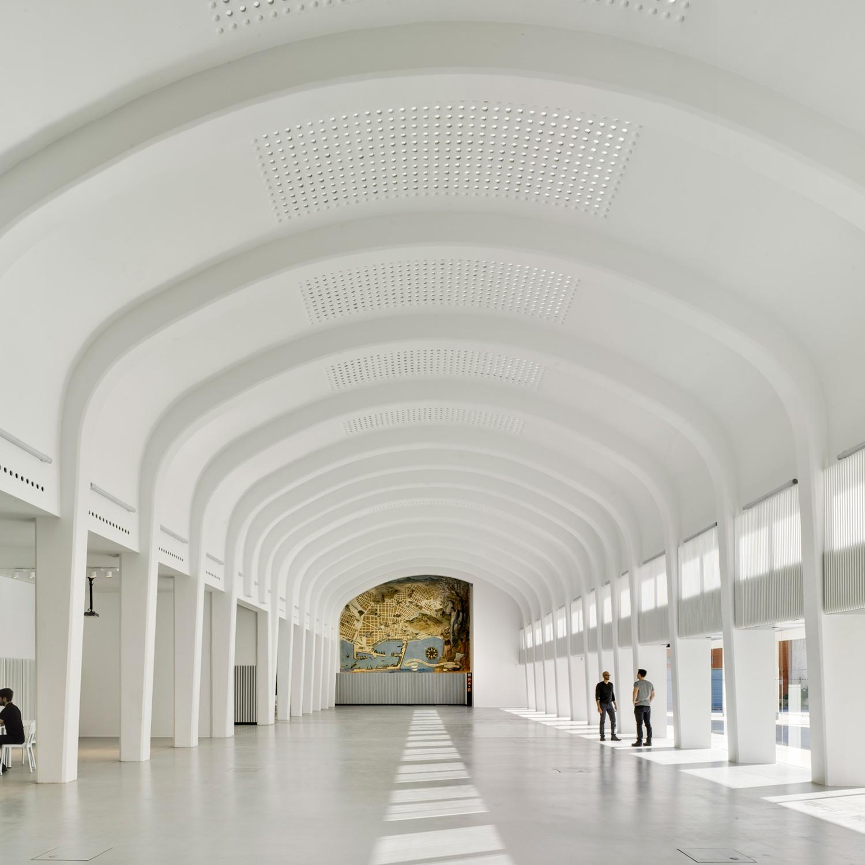 Contadores de Historias: El reciclaje arquitectónico de Seneca, un proyecto coral